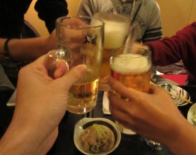 ブログ記事トップ画像_乾杯