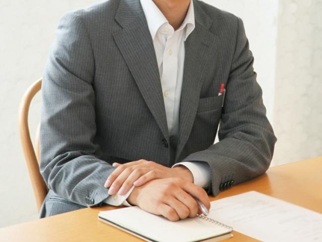 ブログ記事トップ画像_面接官