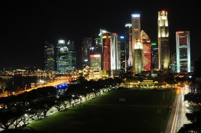 ブログ記事_トップ画像_シンガポールの夜景