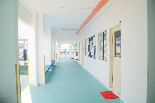 保育園の廊下